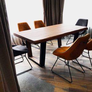 adreilli-diningroom