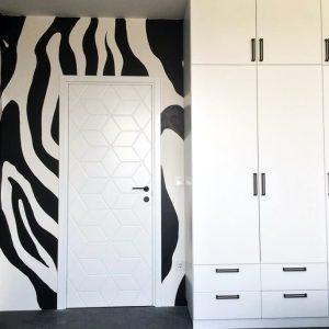 adreilli-bedroom-door